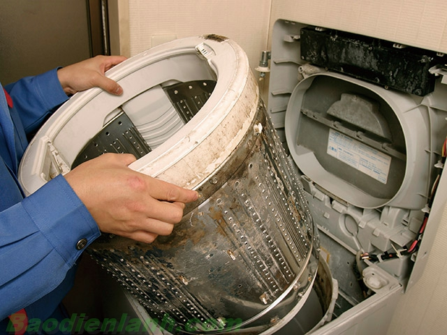Vệ sinh và bảo dưỡng máy giặt